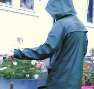 Movie: Nasty rainwear gardening (04:58 min)